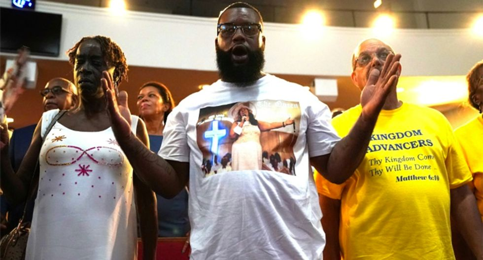 Aretha Franklin celebrated at Sunday service at father's Baptist church in Detroit