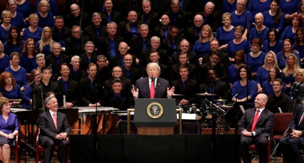 Trump praises veterans -- hits media at Kennedy Center event