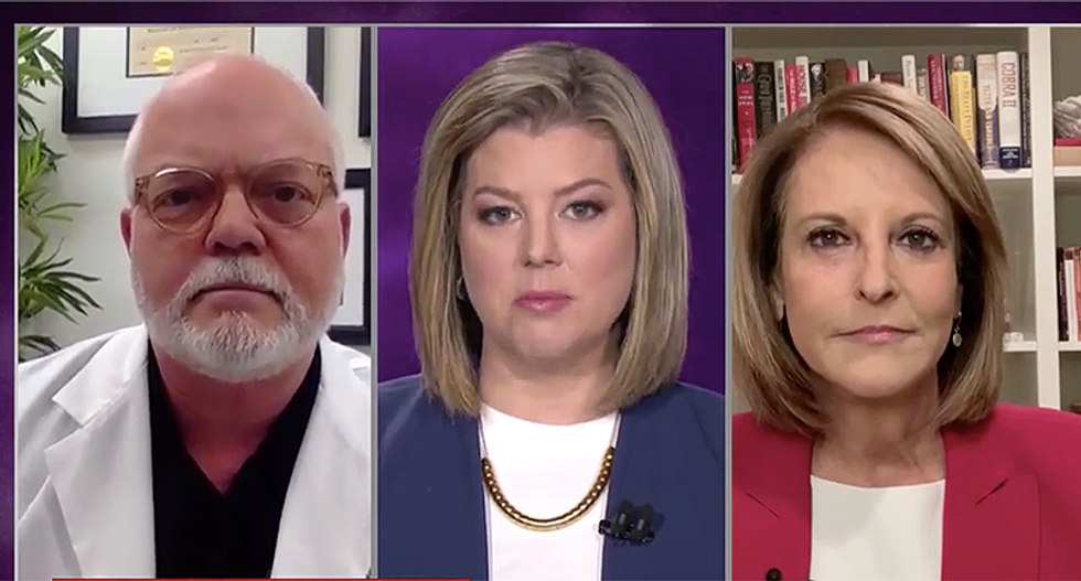 Americans want to know why Trump can't 'walk and chew gum' during coronavirus crisis: CNN analyst