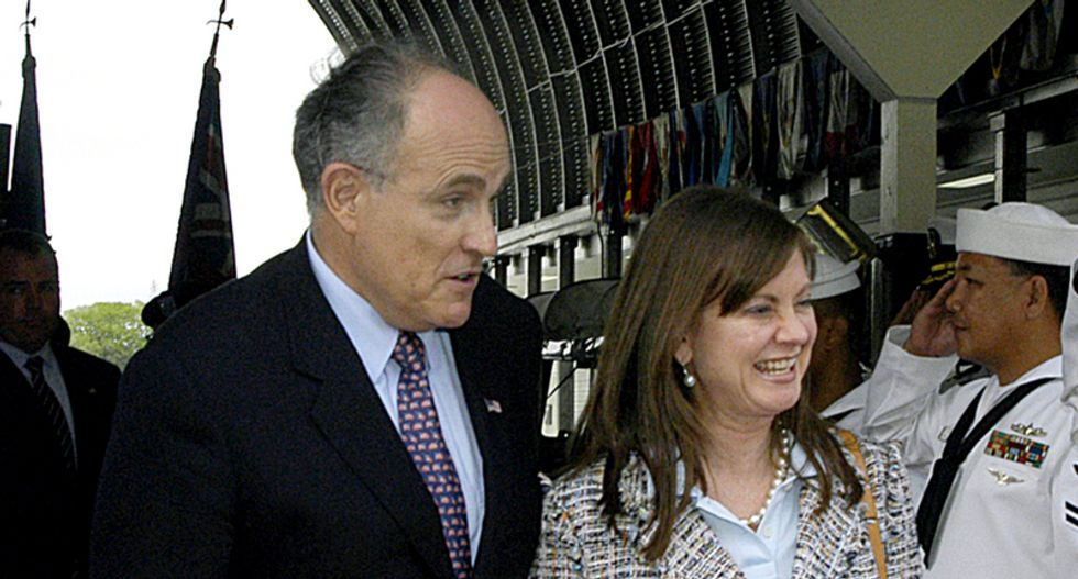 Did Giuliani's divorce drive him crazy -- or did Rudy's mental decline end his marriage?
