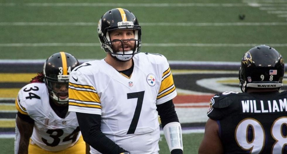 Steelers' QB Roethlisberger vows he won't endorse Trump -- after Trump claims he's 'with us 100%'