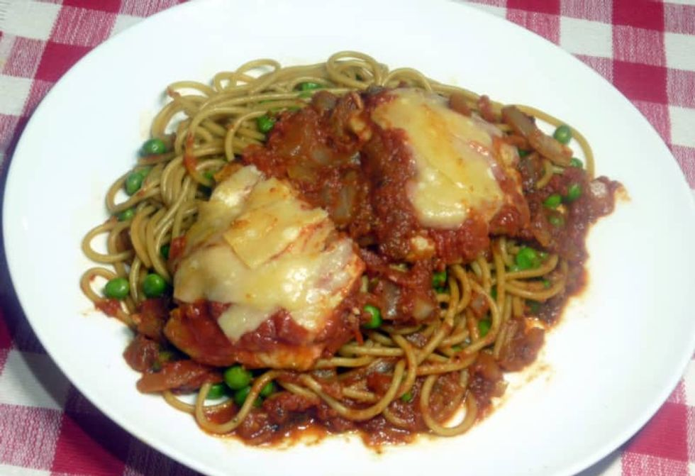 Need a break from extensive cooking? This chicken parmesan dish is an easy fix