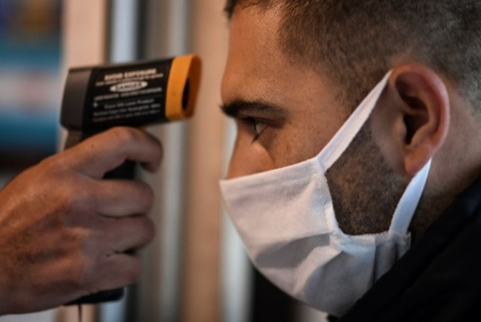 Global virus deaths pass 150,000 as Trump says China hiding toll