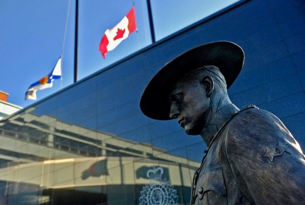 Tributes pour in for Canada shooting victims as death toll rises
