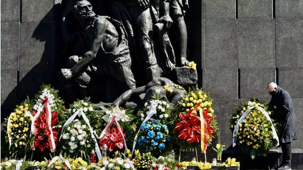Warsaw remembers World War II ghetto uprising with low-key events
