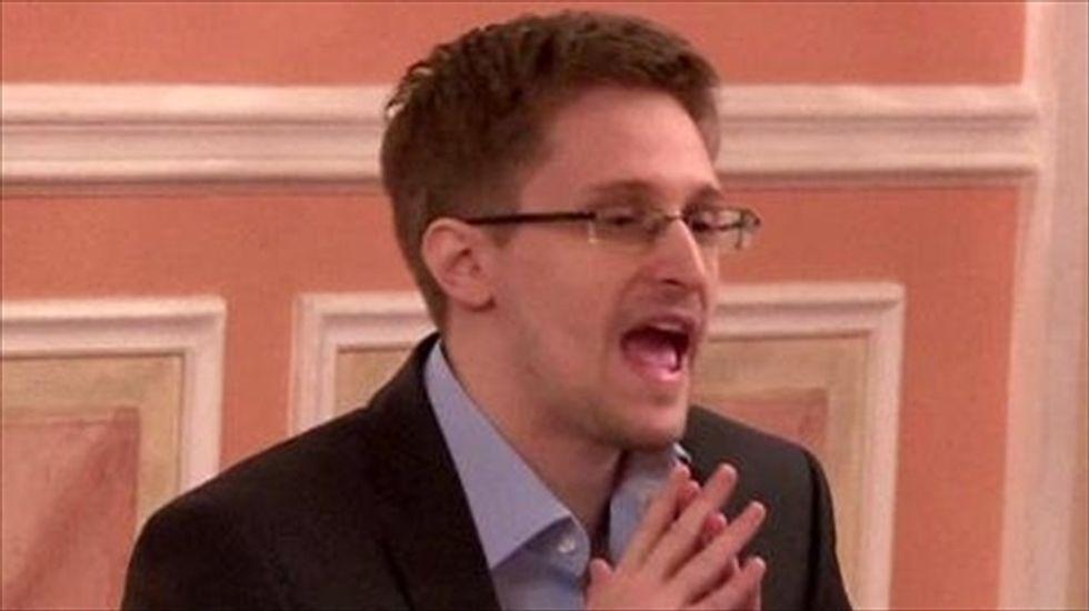 Snowden: 'Mass spy programs threaten freedom of expression'