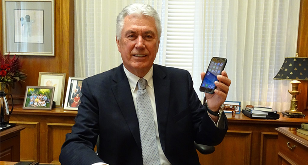 Mormon leader thinks Joseph Smith's 'seer stones' were real because the iPhone exists