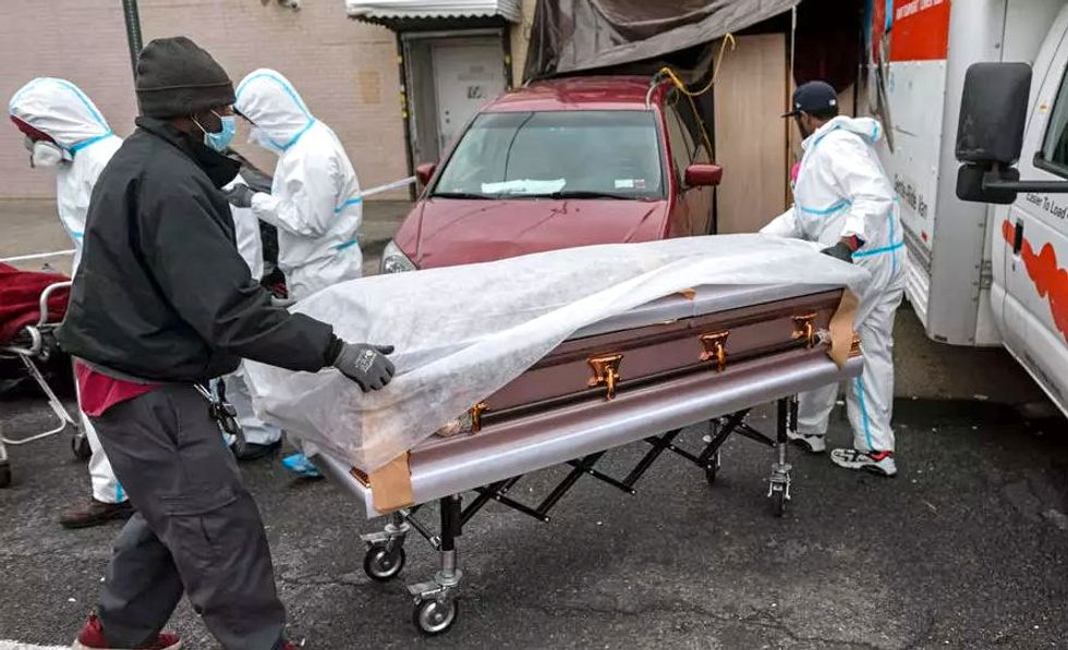 Texas stopped undercounting coronavirus deaths — and fatalities jumped by 600 on Monday: report