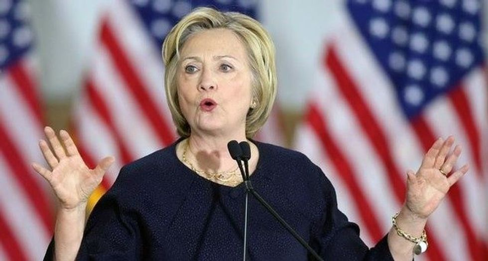 Clinton says could not recall all briefings due to concussion: FBI report