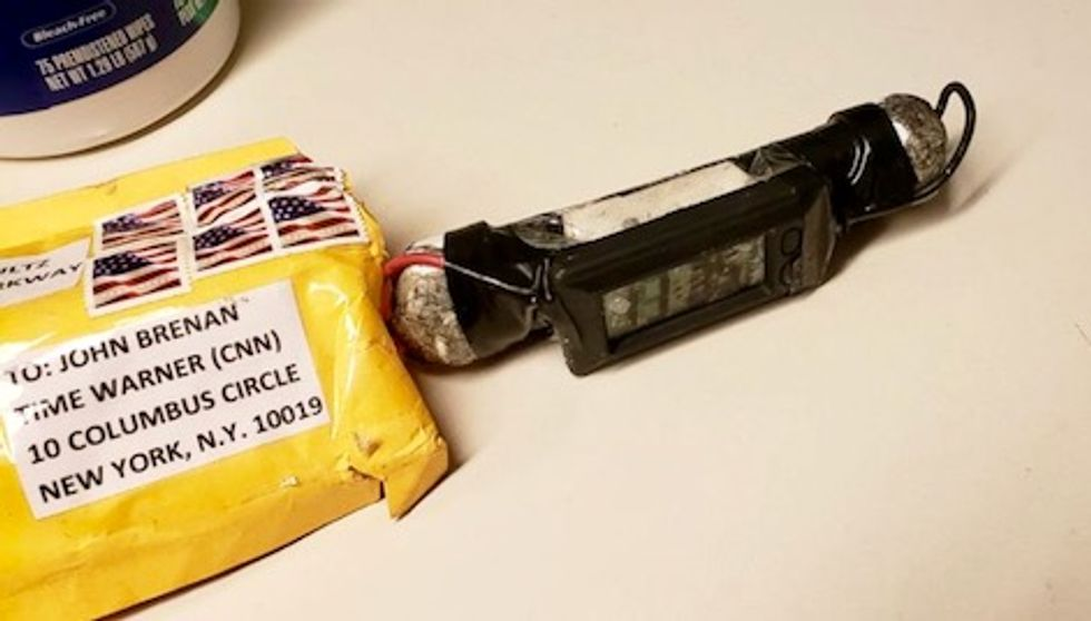 Design of bombs targeting Trump critics came from the Internet