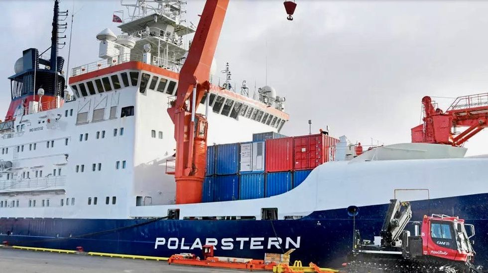 Arctic odyssey ends, bringing home tales of alarming ice loss