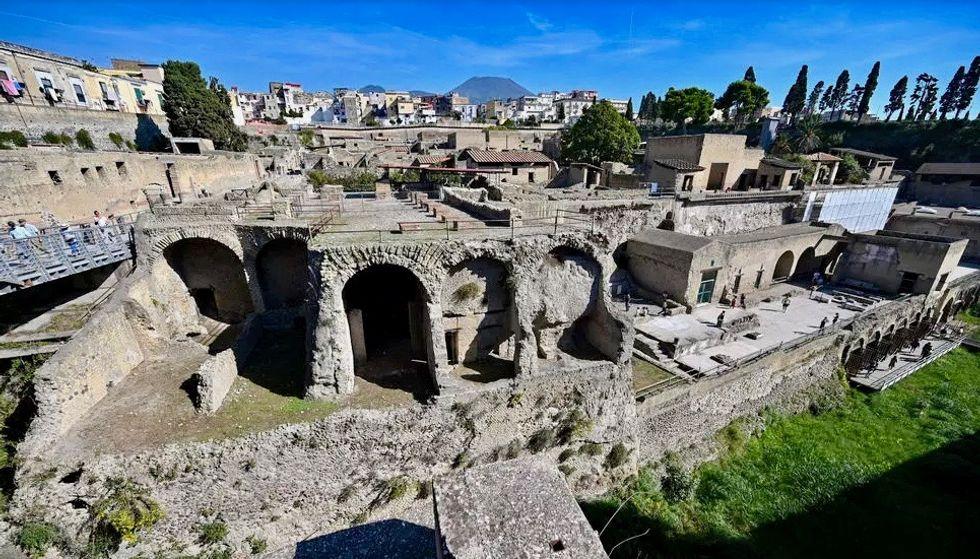 Study finds preserved brain material in Vesuvius victim