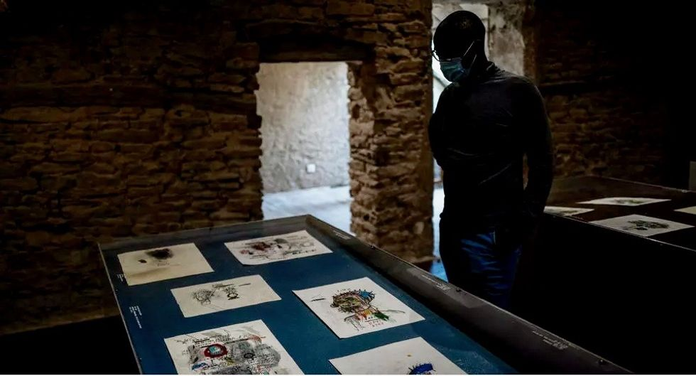 A trove of Basquiat drawings in a French village? Experts scoff