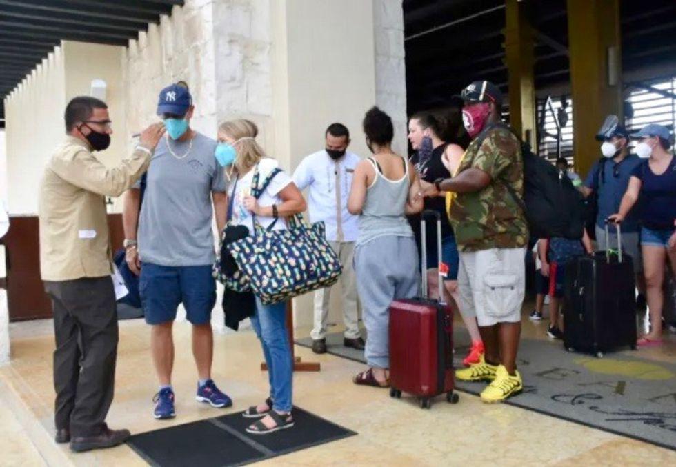 Powerful hurricane nears Mexico's Caribbean coast