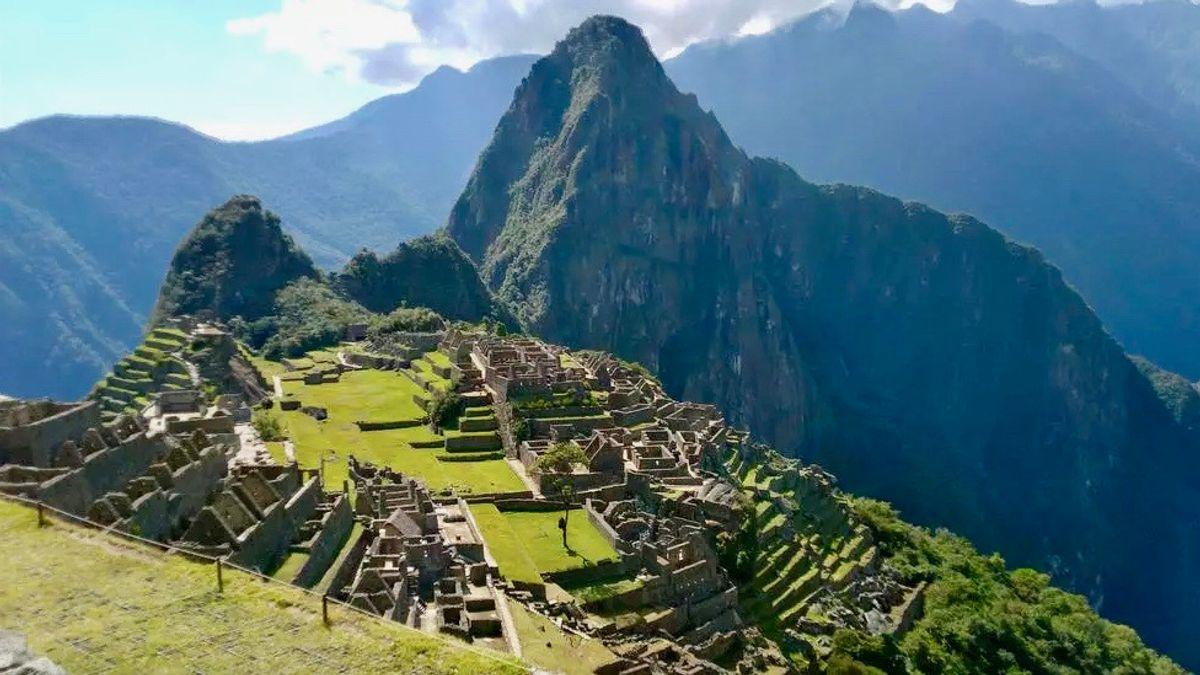 COVID closes Machu Picchu -- again