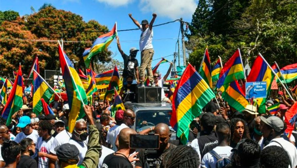 Thousands protest in Mauritius over giant oil spill