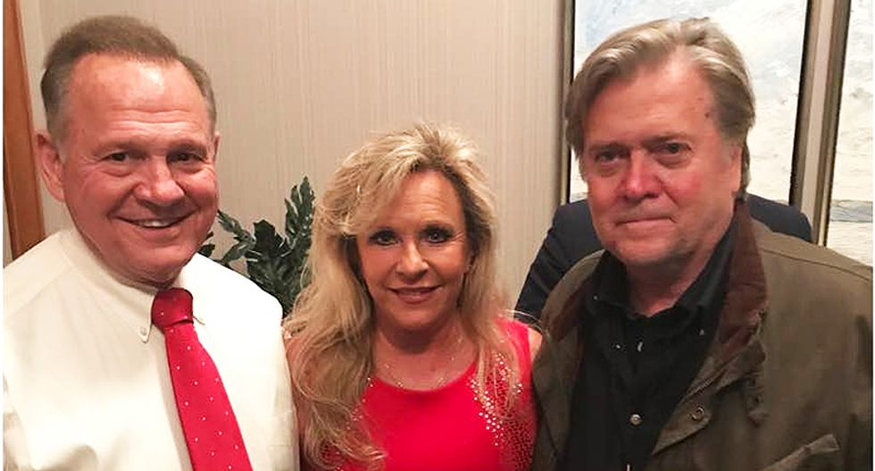 Steve Bannon is quietly looking for a way out of the Roy Moore debacle: report