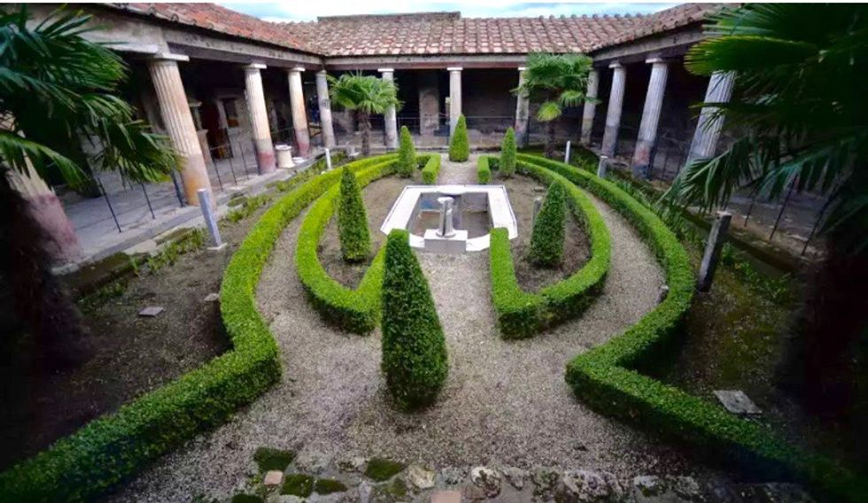 Italy's Pompeii reopens its ruins to public