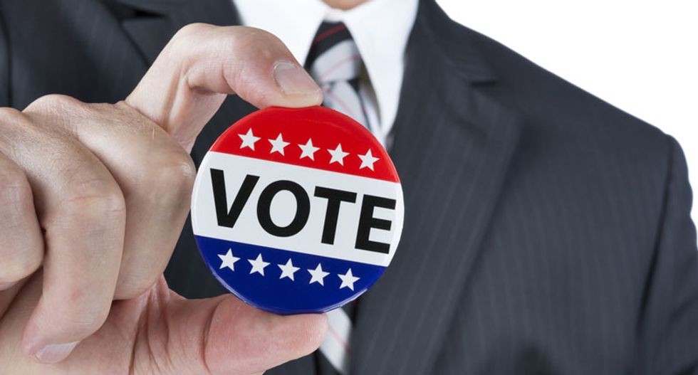 Federal judge orders reinstatement of full early voting period in Ohio