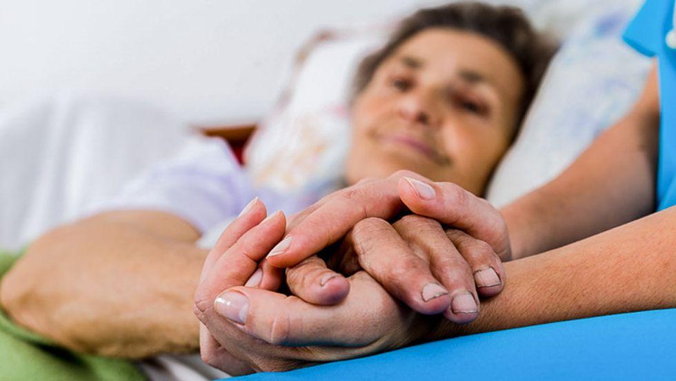 Short on staff: Nursing crisis strains US hospitals