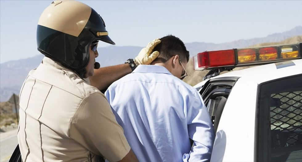 Study accuses Arizona checkpoint of racial profiling, targeting Latinos 20 times more often