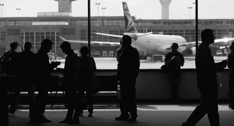 Five US airports to screen passengers for Ebola