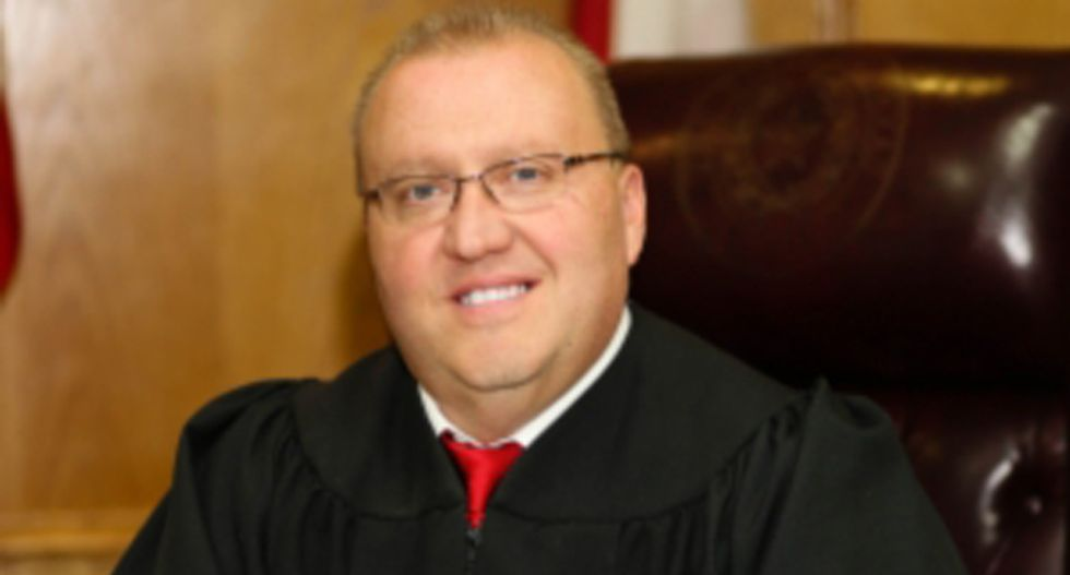 TX judge responds to complaints about Bible reading in court by hosting prayer breakfast