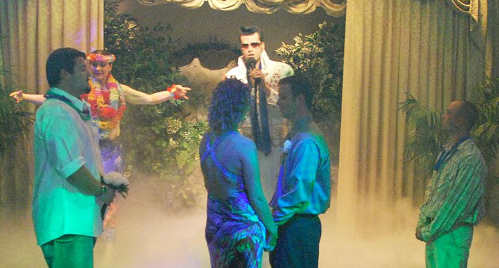 Elvis-themed Vegas chapel refuses to sanctify same-sex weddings despite court OK