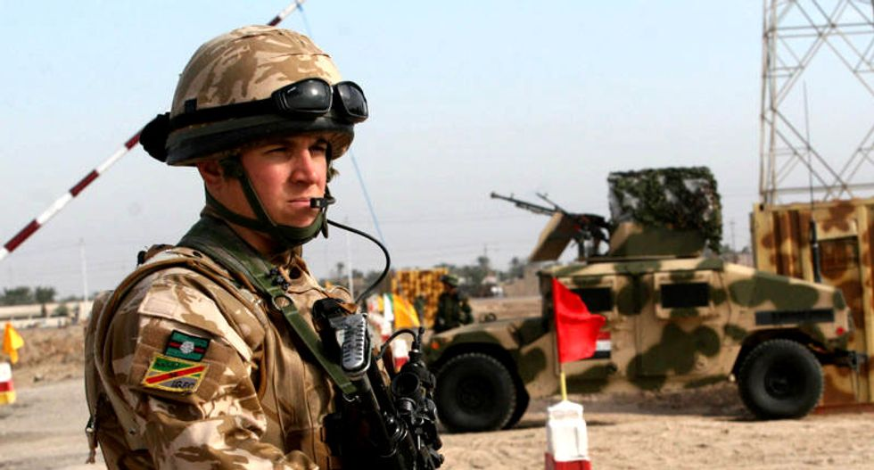 Britain to send more military trainers to aid Iraq's fight against Islamic State