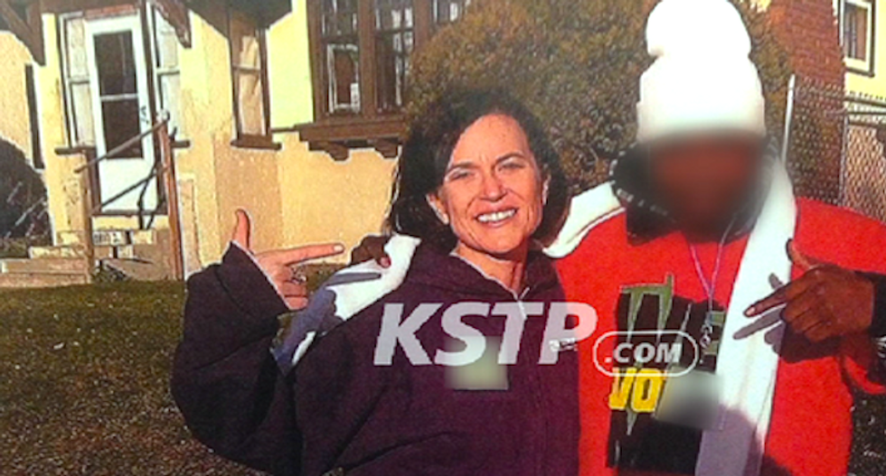 #PointerGate: Twitter mocks 'racist' TV report about Minneapolis mayor flashing 'gang signs'