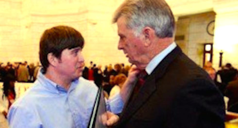 Arkansas' Democratic Gov. Mike Beebe will pardon son's felony pot conviction