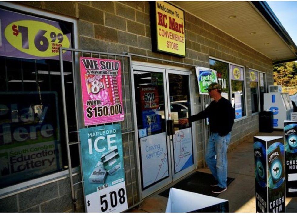 South Carolina lottery winner claims record $877 million cash prize