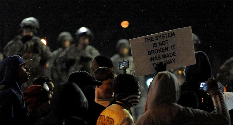 Ferguson police spent 'a long 11 minutes' scrambling before searching for cop shooter