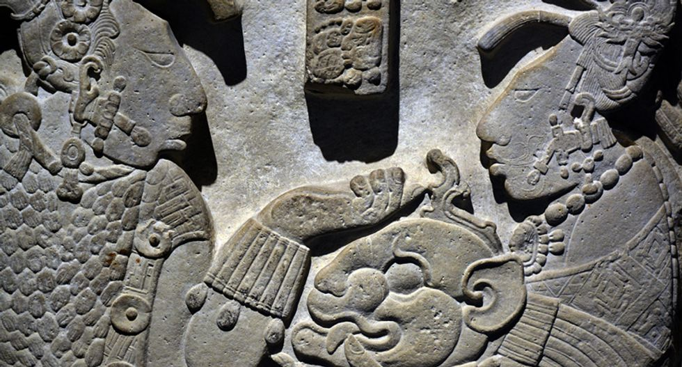 Maya collapse at Ceibal occurred in waves of warfare, political instability