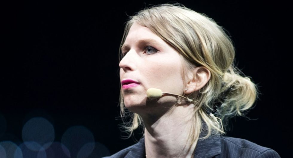 Chelsea Manning attempts suicide in jail days before court hearing