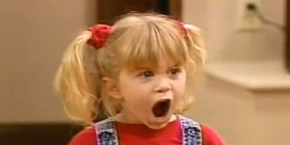 14 Terrible revelations from the CIA torture report as told through GIFs of the Olsen Twins