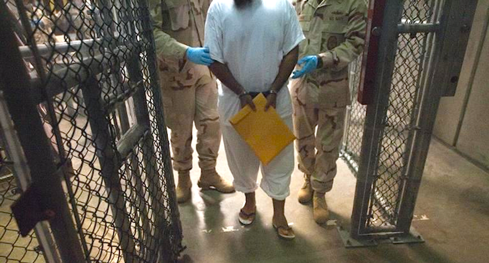 Navy judge lifts order banning female guards from touching Guantanamo internees