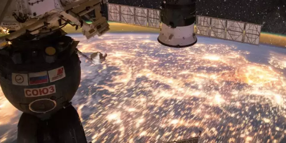 Here's 10 beautiful photos from NASA to help you regain some serenity after the shutdown