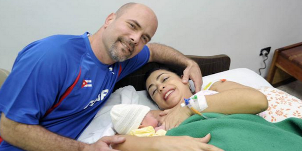 The 'Diplomatic Conception': Cuban 5 prisoner and wife have a baby without conjugal visits