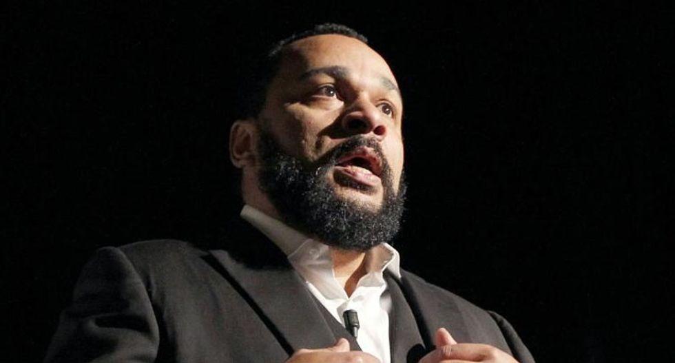 Arrest of terrorist-sympathizing comedian in France sparks free speech debate