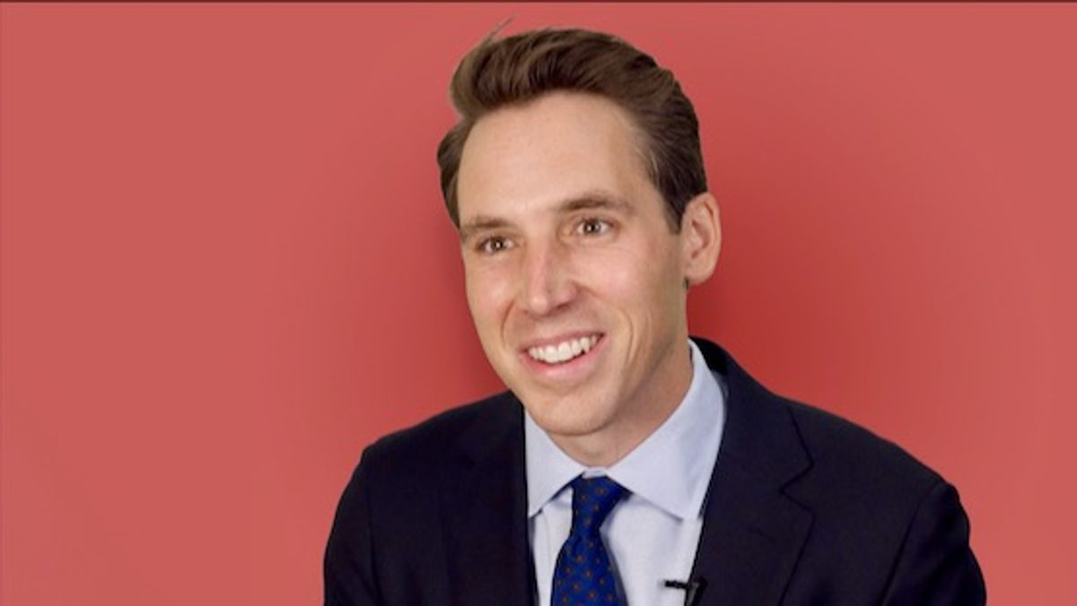 Josh Hawley blows up his censorship claim with tweet thanking media for covering him