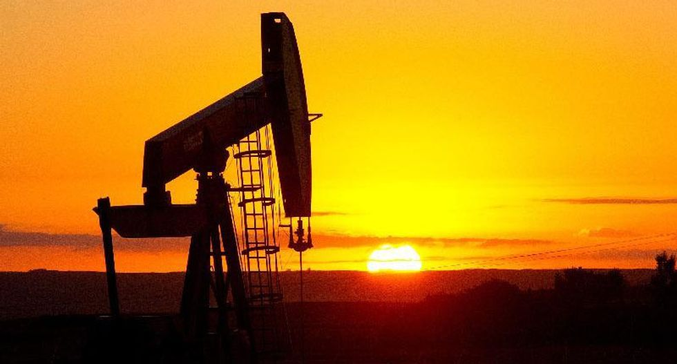 Oil prices go up 2 percent after US sanctions on Venezuela