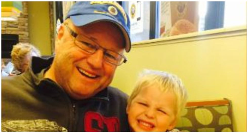 Man who raised concerns about his state's hospital capacity dies one month after contracting COVID