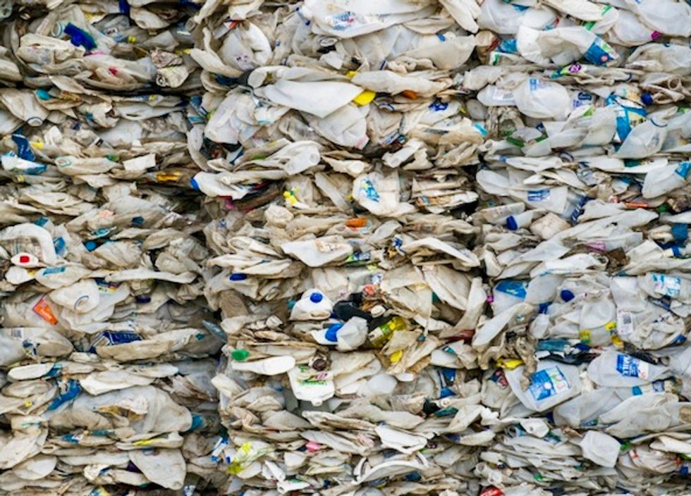 Malaysia to ship back hundreds of tons of plastic waste