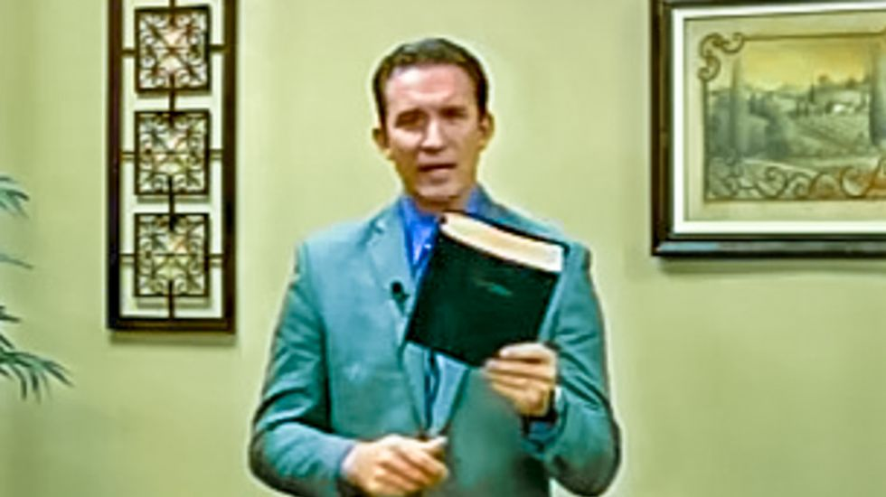 Tenn. pastor lashes out at 'liberal society': Stoning gays is part of 'the mindset of God'