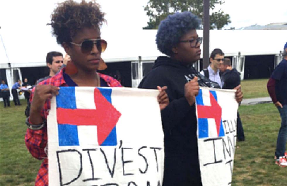 #BlackLivesMatter disrupts Clinton rally to demand she cut ties with prison industrial complex