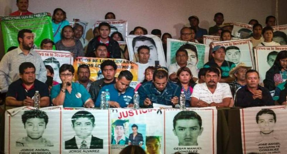 Despite probe results, Mexican officials insist 43 missing students were incinerated