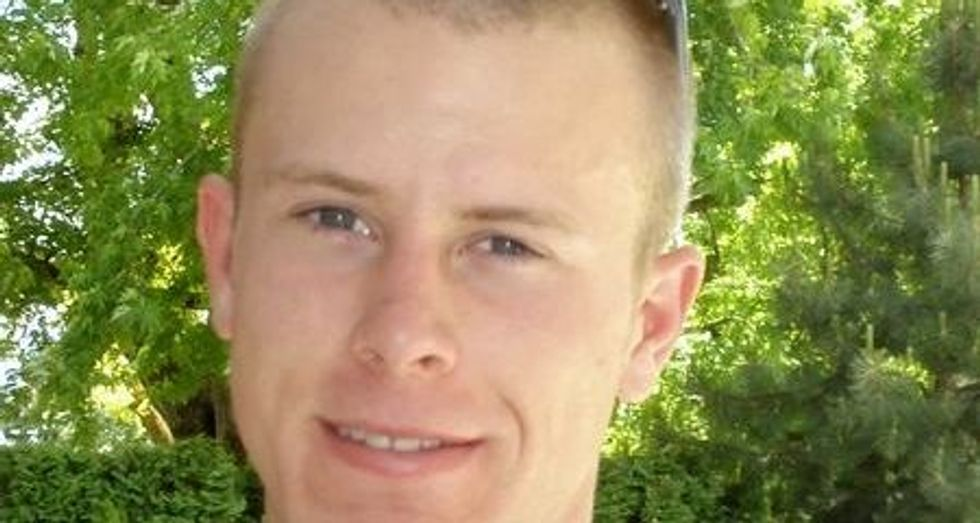Bergdahl lawyers seeks public release of military report on disappearance