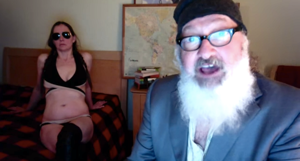Hollywood actor Randy Quaid arrested trying to enter US