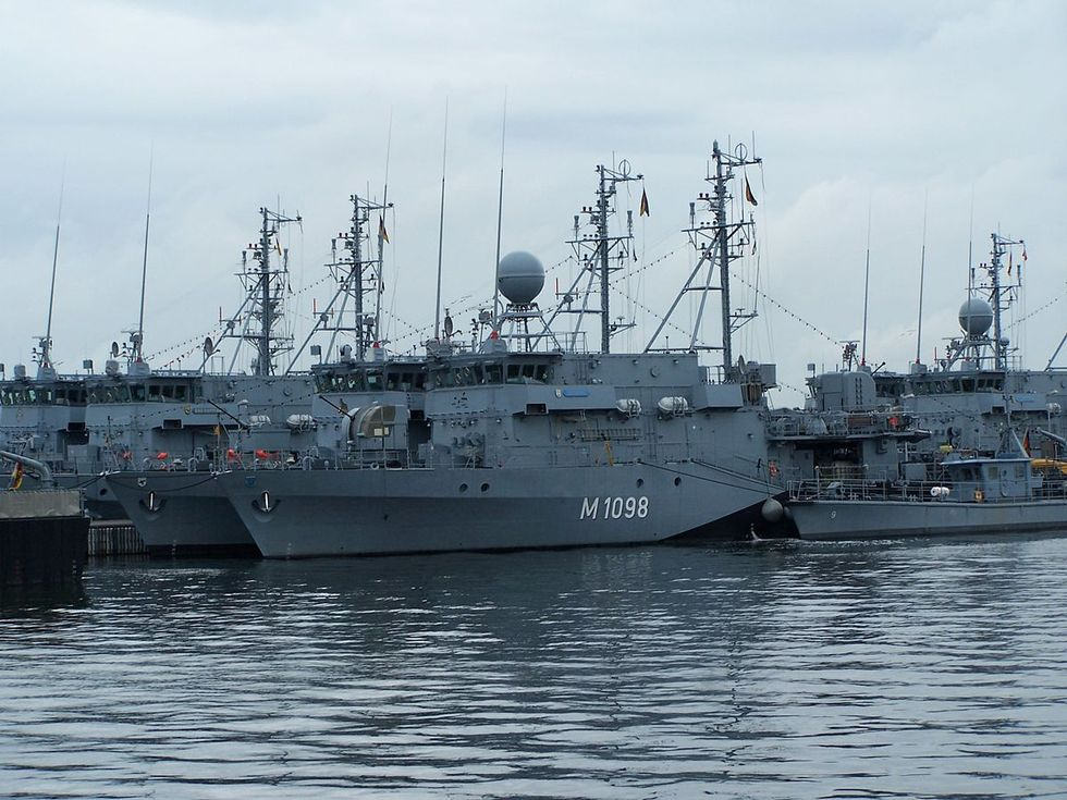 Iran has hundreds of naval mines -- but sailors say US Navy minesweepers are too old and broken to do the job